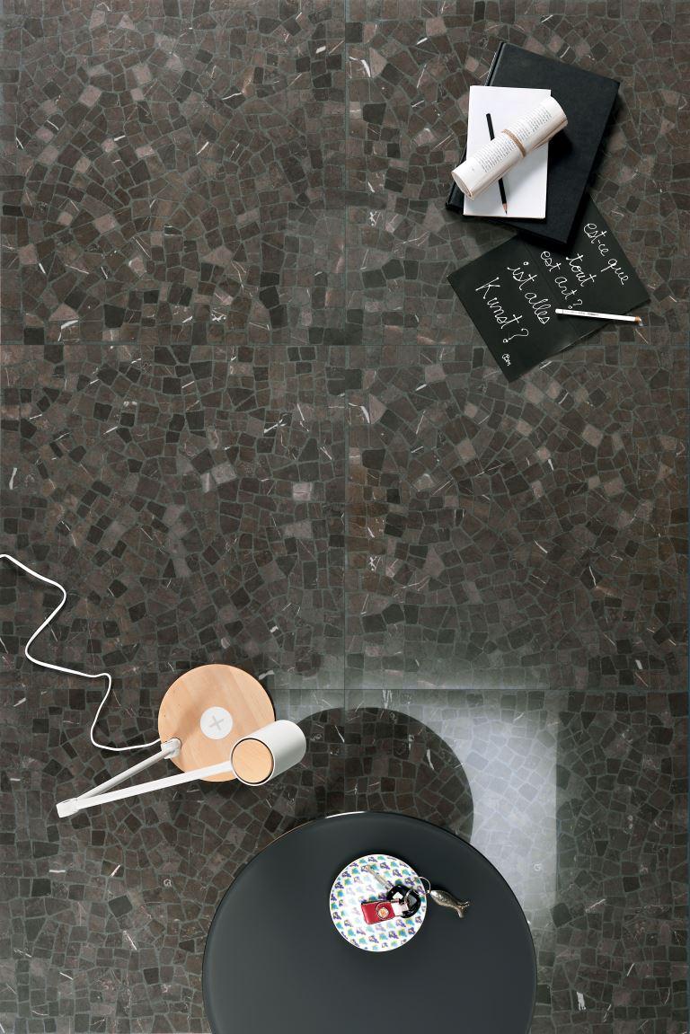 LEA-dreaming-scraps-gray